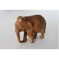 Elefant trefigur.